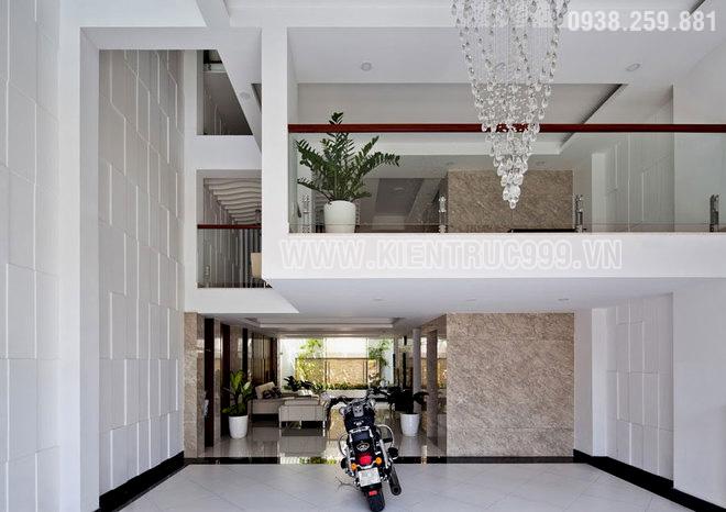 Thiết kế nhà phố hiện đại 4 tầng có tầng lững đẹp thoáng đãng.