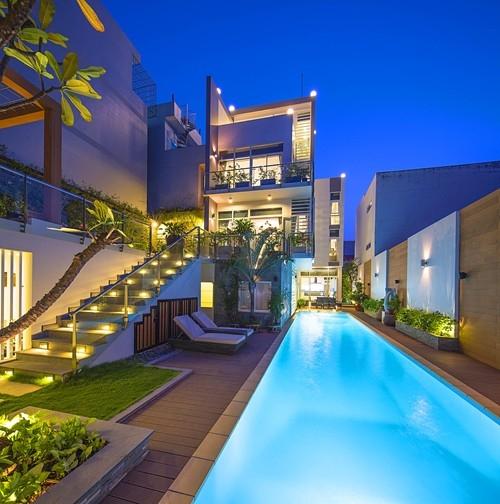 Biệt thự có hồ bơi đẹp như mơ ở Sài Gòn ai cũng trầm trồ