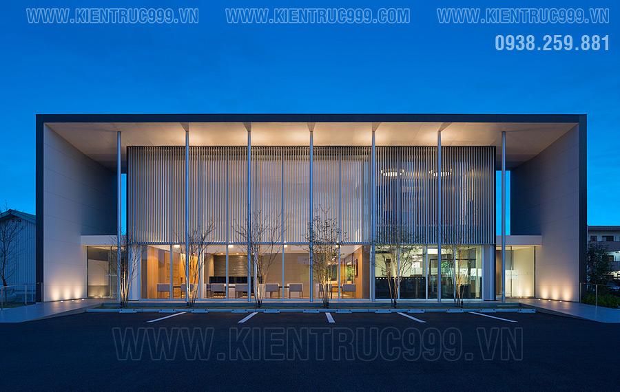 Mẫu thiết kế nhà điều hành 2 tầng đẹp bố cục mạch lạc và chặt chẽ vô cùng tối giản