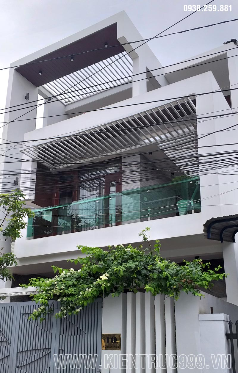nhà phố mặt tiền 7m5 3 tầng bmt