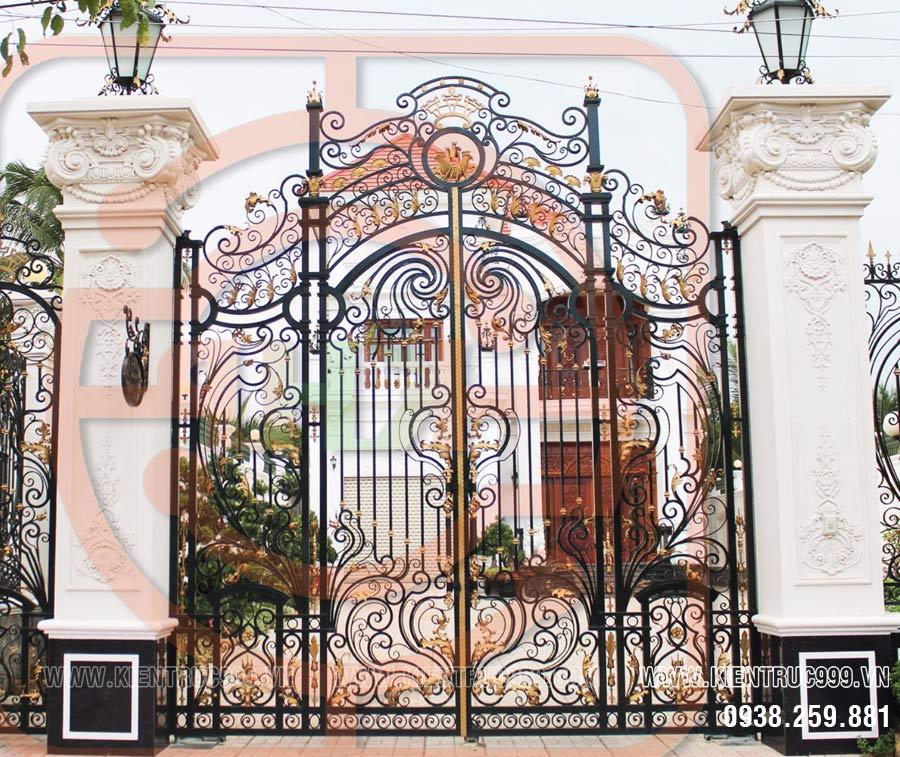 Phong thủy cổng nhà ở nên mở ra hay mở vào trong nhà cho đúng nhất